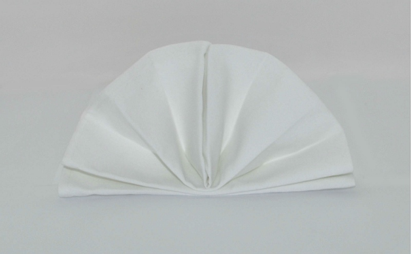 Baronne Commercial Table Cloths