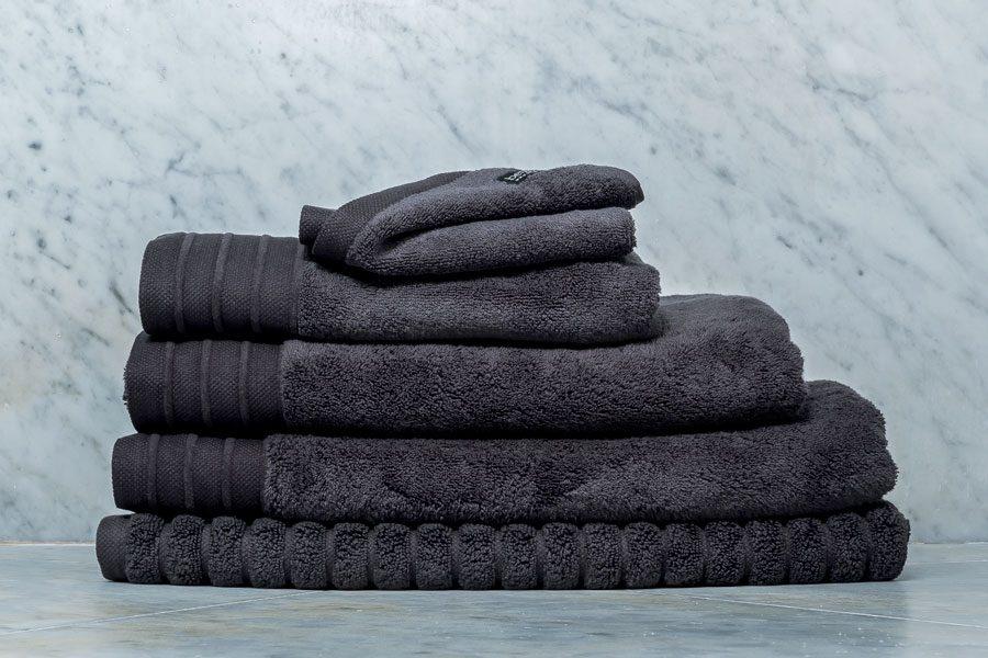 bemboka-Luxe-Towel-Charcoal-900x600