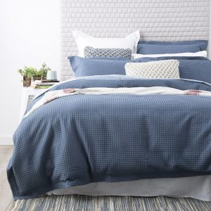 waffle-weave-quilt-cover-blue-mirage