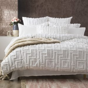 renee-taylor-riley-vintage-wash-cotton-chenille-tufted-quilt-cover-set-white