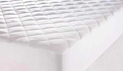 fully-fitted-quilted-mattress-protector